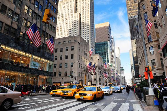 Fifth_Avenue_New_York