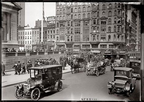 Fifth_Avenue_New_York_1913